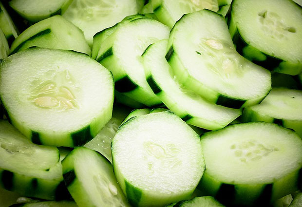 cucumber for puffy eyes